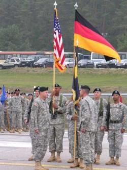 Die Übergabe der Truppenfahne