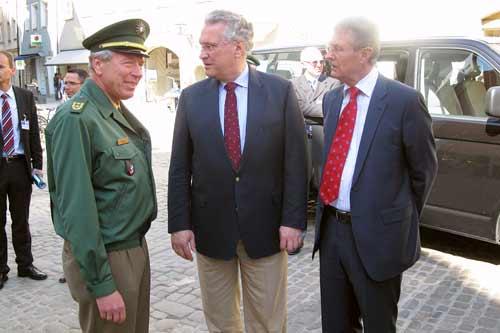 Innenminister Joachim Herrmann, PP Rudolf Kraus und BGM Gerhard Weber