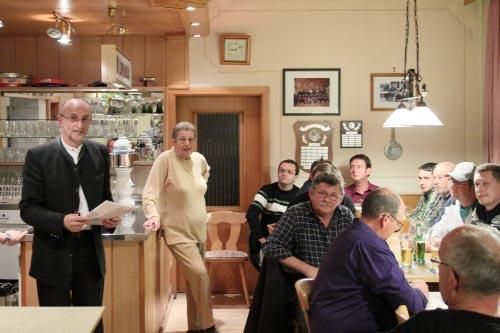 Versammlung im Gasthaus Pirzer
