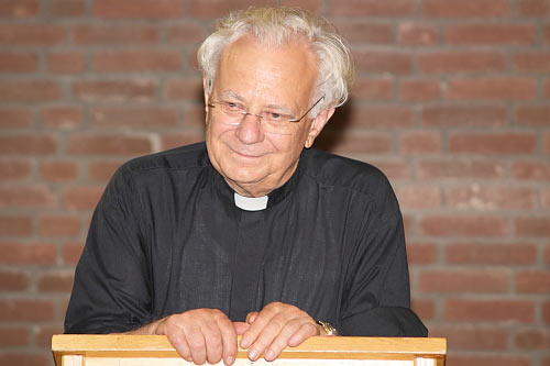 Vortrag von Monsignore Dr. Paul Mai (Foto: Dietmar Feuerer)