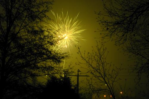 Buntes Feuerwerk zum Jahreswechsel
